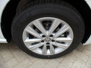 Volkswagen Polo Vivo 1.4 Comfortline - Image 16