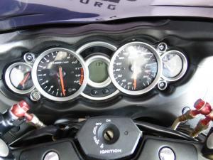 Suzuki GSX 1300R - Image 6