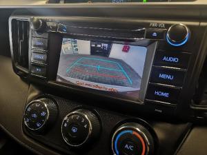 Toyota RAV4 2.0 GX auto - Image 5