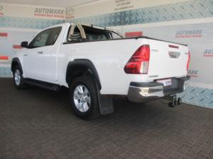 Toyota Hilux 2.8 GD-6 RB RaiderE/CAB - Image 5
