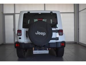 Jeep Wrangler 3.6L Sahara - Image 5