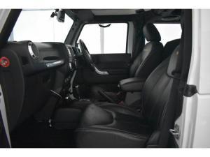 Jeep Wrangler 3.6L Sahara - Image 7