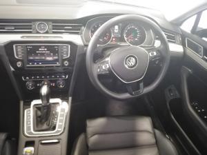 Volkswagen Passat 2.0 TSI R-LINE DSG - Image 4