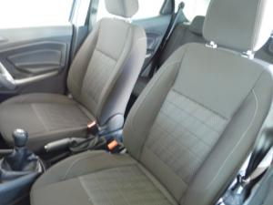 Ford EcoSport 1.5TDCi Ambiente - Image 10