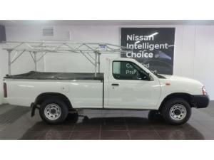 Nissan NP300 Hardbody 2.5TDi - Image 2