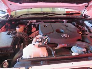 Toyota Hilux 2.4 GD-6 SRX 4X4 automaticD/C - Image 11