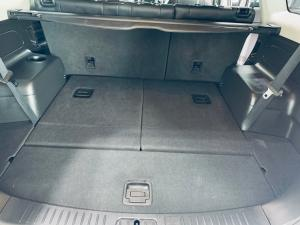 Chevrolet Captiva 2.2D LT automatic - Image 12