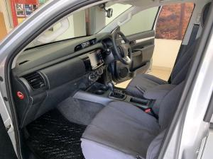Toyota Hilux 2.4GD-6 double cab SRX auto - Image 7