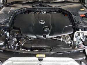 Mercedes-Benz C250 Bluetec Avantgarde automatic - Image 14