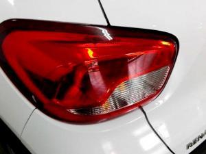 Renault Kwid 1.0 Expression 5-Door - Image 19