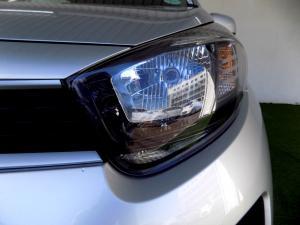 Kia Picanto 1.0 LX automatic - Image 5