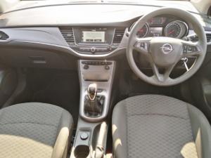 Opel Astra hatch 1.0T Essentia - Image 8