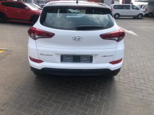Hyundai Tucson 2.0 Premium auto - Image 5
