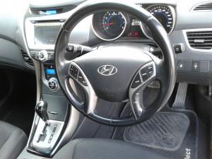 Hyundai Elantra 1.8 GLS auto - Image 10