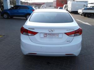 Hyundai Elantra 1.8 GLS auto - Image 5