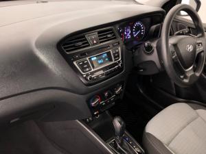 Hyundai i20 1.4 Motion auto - Image 12