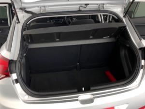 Hyundai i20 1.4 Motion auto - Image 26