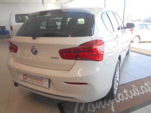 BMW 1 Series 118i 5-door Sport - Image 4