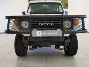 Toyota Land Cruiser PetrolS/C - Image 9