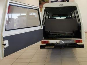 Toyota Land Cruiser PetrolS/C - Image 8