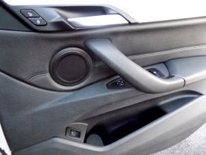 BMW X1 xDRIVE20i automatic - Image 29