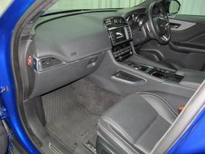 Jaguar F-Pace 30d AWD S - Image 21