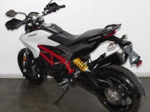 Ducati Hyperstrada 939 - Image 8