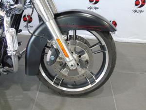 Harley Davidson Road Glide Special - Image 2