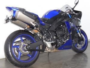 Yamaha YZF R1 - Image 3