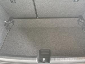 Volkswagen Polo 1.6 Conceptline 5-Door - Image 8