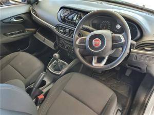 Fiat Tipo hatch 1.4 Pop - Image 9