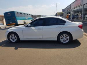 BMW 3 Series 320i auto - Image 4