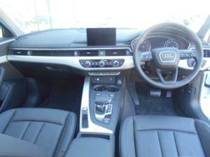 Audi A4 2.0 TDI Stronic - Image 8