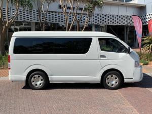 Toyota Quantum 2.5D-4D GL 10-seater bus - Image 4