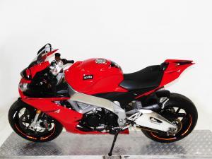 Aprilia RSV4 R 1000 - Image 4