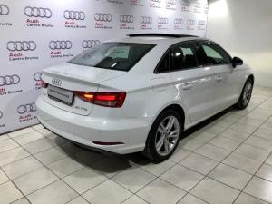 Audi A3 2.0T FSI Stronic T - Image 5