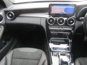 Mercedes-Benz AMG C43 4MATIC - Image 12