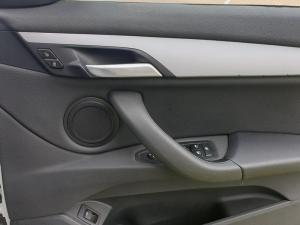 BMW X1 sDRIVE20d automatic - Image 12