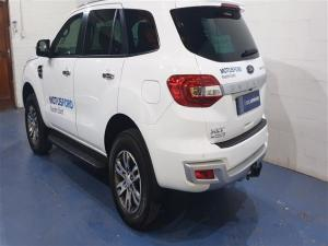 Ford Everest 2.0Turbo XLT - Image 2