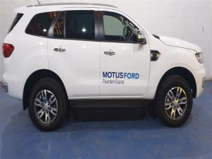 Ford Everest 2.0Turbo XLT - Image 4