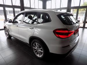 BMW X3 Sdrive 20i - Image 3