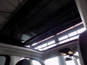 BMW X3 Sdrive 20i - Image 9