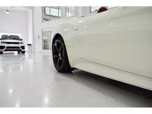 Ferrari California California - Image 9