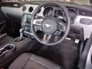Ford Mustang 5.0 GT fastback auto - Image 6