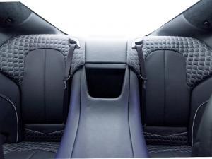 Aston Martin Vanquish 6.0 Coupe - Image 10