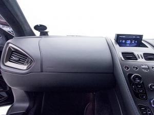 Aston Martin Vanquish 6.0 Coupe - Image 12