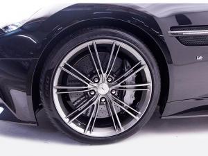 Aston Martin Vanquish 6.0 Coupe - Image 6