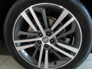 Audi Q5 2.0 TDI Quattro Stronic Sport - Image 4