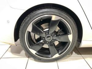 Audi S3 Sportback Stronic - Image 6