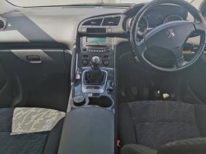 Peugeot 3008 2.0 HDI Executive - Image 8